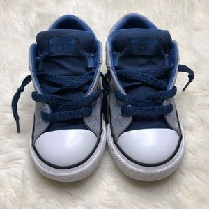 Converse Chuck Taylor All Star Sneakers Size 9